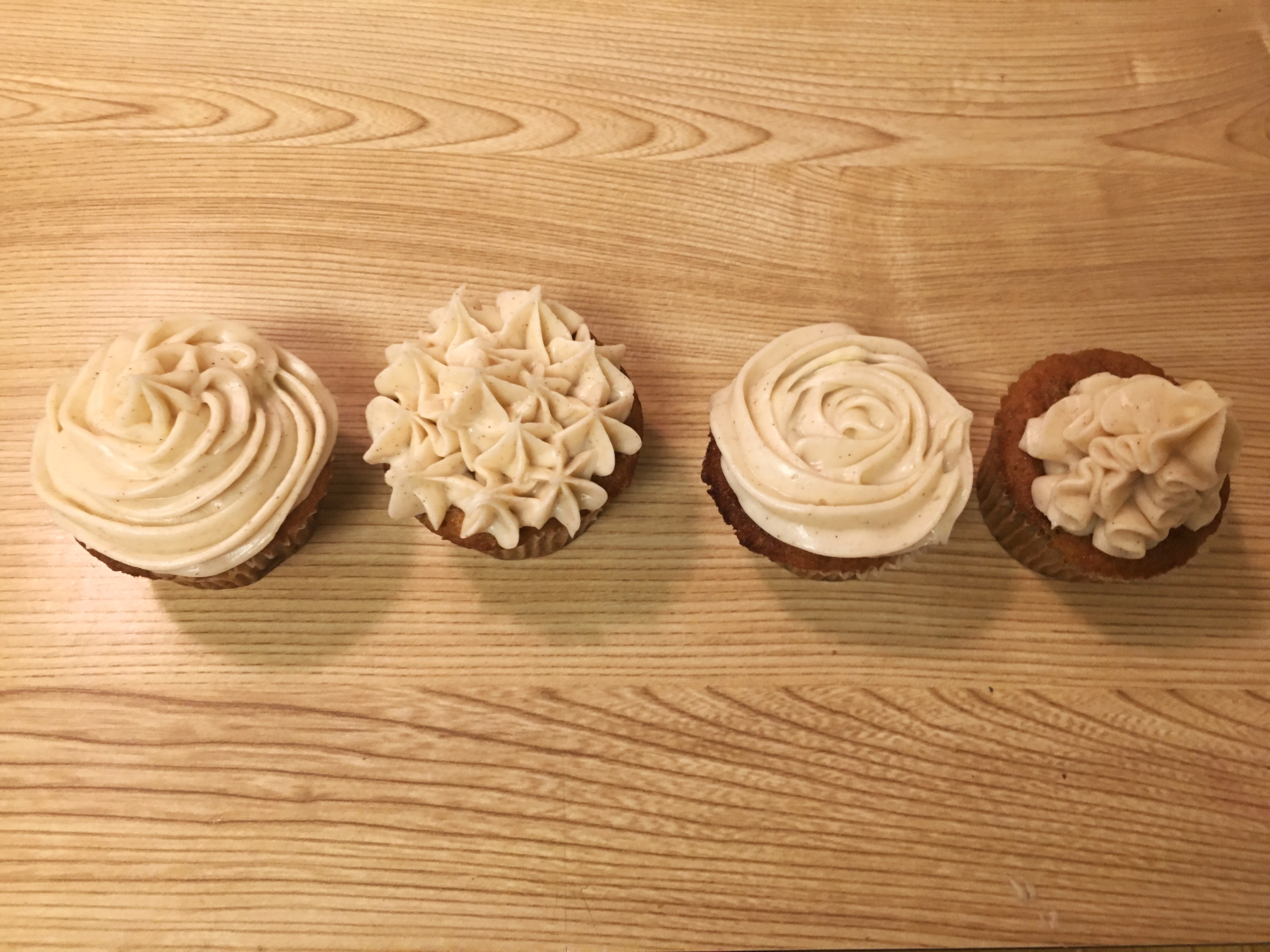 I Went Over Basic Cupcake Design Using The 1m Tip I Showed The Ladies How  To Use The 1m To Make 4 Basic Cupcake Designs: